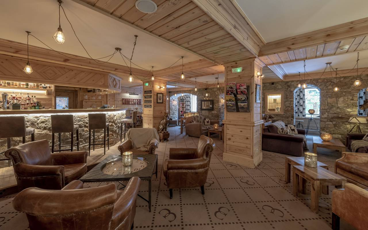 Restaurant and bar of our Hôtel Méribel, La Chaudanne.